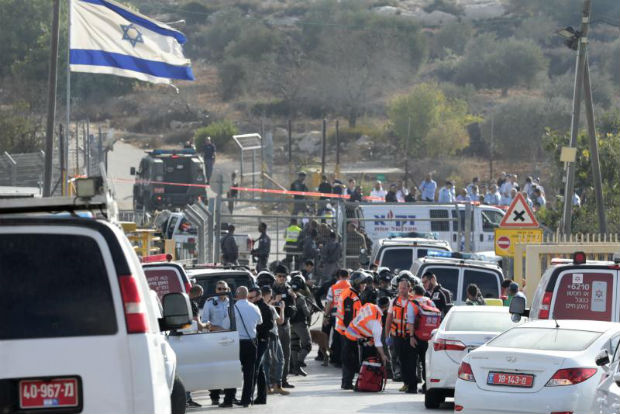 Palestinian gunman kills 3 Israeli guards in settlement