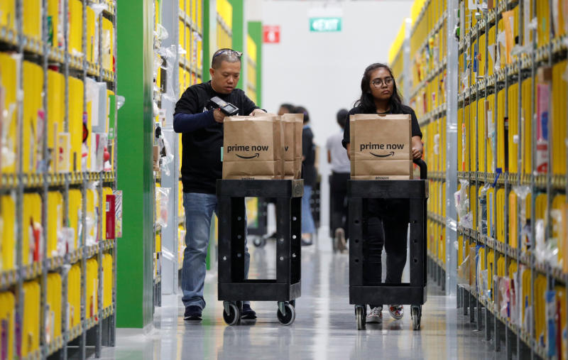 Amazon faces challenge from malls, Alibaba in Singapore