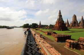 Floods feared as monsoon sweeps in