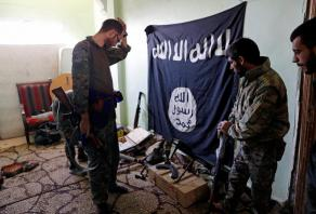 Suicide bombers attack Damascus police centre
