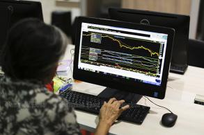 Most SE Asia stocks end higher