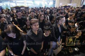 Thailand pauses 89 seconds to remember King Bhumibol