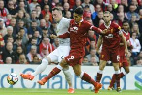 Liverpool, Man U draw 0-0