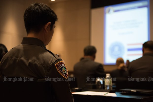 Cops wary of closer ties to prosecutors