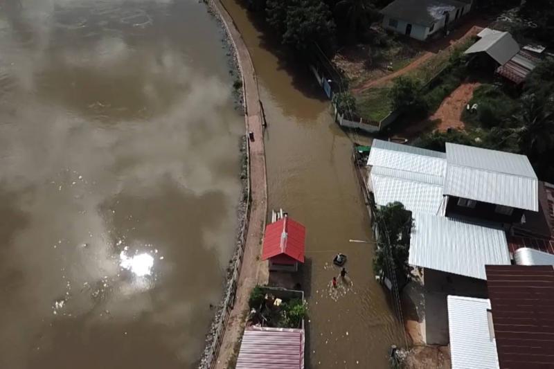 Locals around Phong River go on high alert