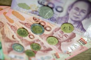 Foreign entities eye baht bonds