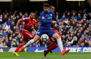 Late Chelsea goals sink Watford