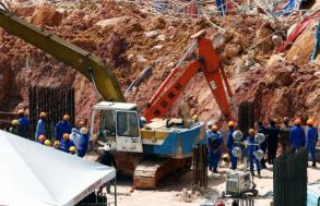 Death toll from Malaysia construction site landslide at 11
