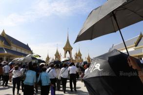 Visitors stealing bits off royal crematorium