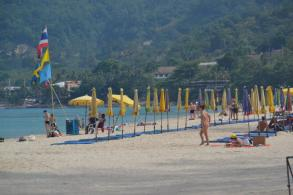 Hoteliers ordered off Phuket beaches in 15 days