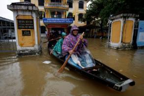 Typhoon death toll in Vietnam climbs amid widespread floods