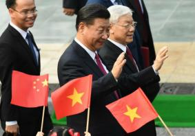 Chinese President Xi makes state visit to Vietnam