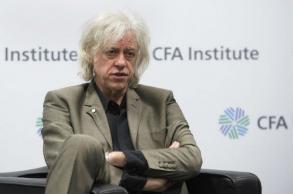 Bob Geldof hands back award shared with Aung San Suu Kyi
