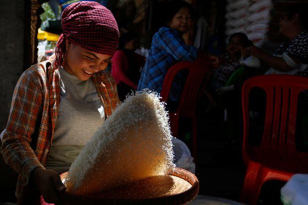 Bangladesh scraps rice deal with Cambodia | Bangkok Post: news