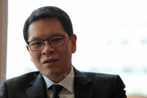 Strong baht in line with regional peers: BoT chief