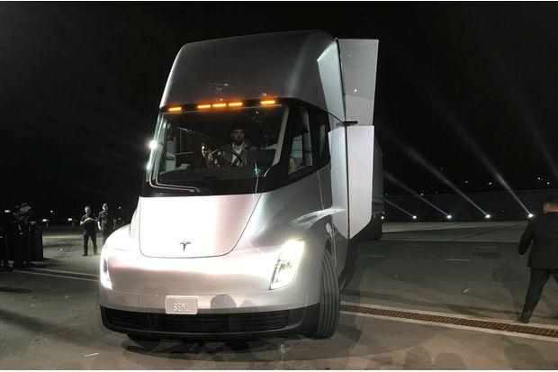 Tesla Unveils Electric Big Rig Truck Sporty Roadster