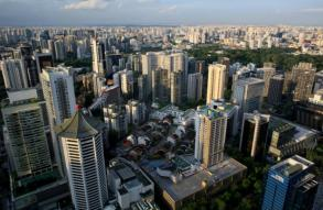 Singapore sees solid 2018 growth as GDP beats forecasts