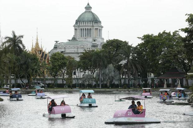 Future of Dusit Zoo to be considered next week | Bangkok Post: news