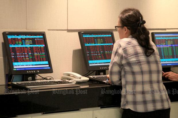 SET up 1.30 points to 1,703.47 at midday   Bangkok Post: business