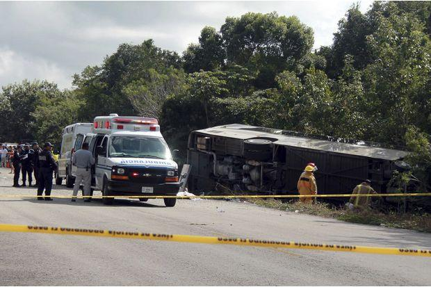 Killed After Bus Carrying Tourists Crashes In Mexico