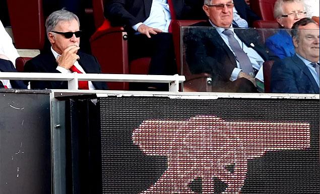 Billionaire Kroenke to take full Arsenal control