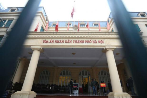 Vietnam energy executives stand trial on corruption charges