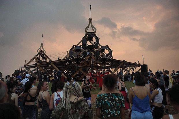 Into the wonder   Bangkok Post: learning