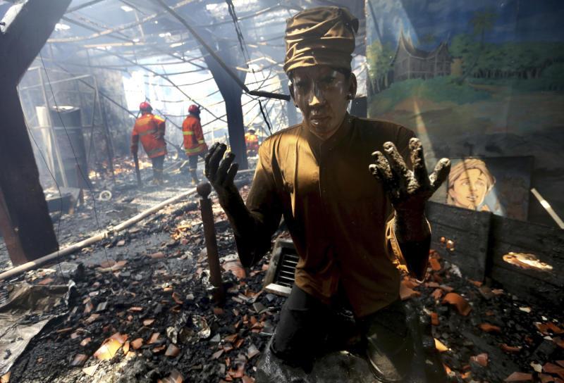 Fire rips through maritime museum in Jakarta