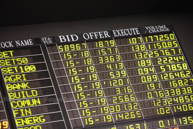 SET closes higher, SE Asia stocks end week on cheery note