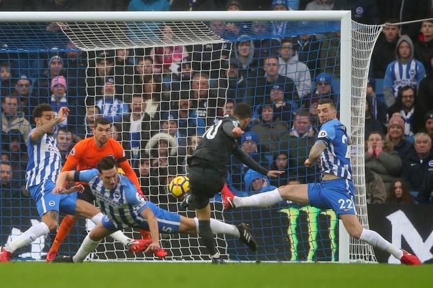 Chelsea throttle Brighton 4-0