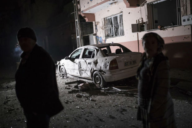 Turkey says border town hit by rockets from Syria