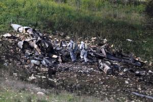 Israel strikes a dozen targets inside Syria