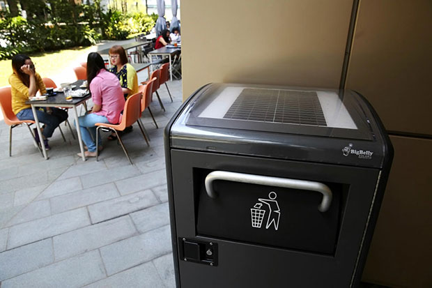 Singapore 'smart' waste bins alert cleaners when full