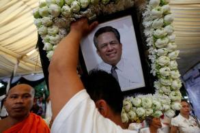 Australia resettles Cambodian activist's family