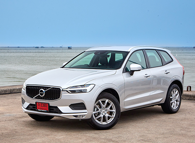 volvo xc60 d4 momentum 2018 review bangkok post auto. Black Bedroom Furniture Sets. Home Design Ideas