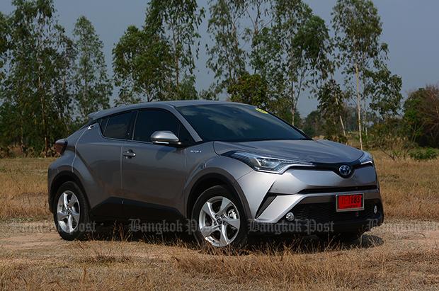 Toyota C-HR HV Hi hybrid (2018) review