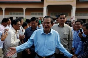 Cambodia PM accuses US of lying over aid cut