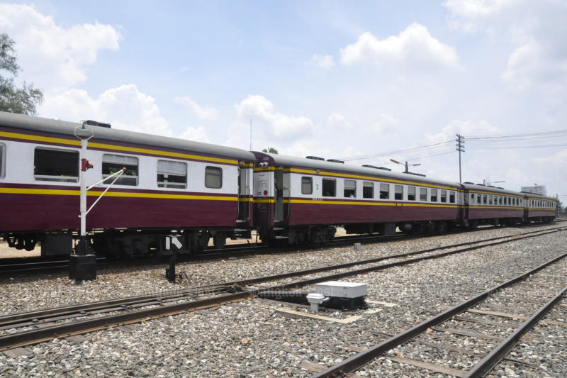 Deal signed to set Thai rail standards