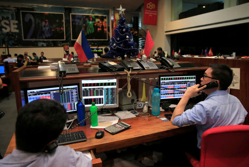 Philippine stocks pummelled further by rate-hike fears