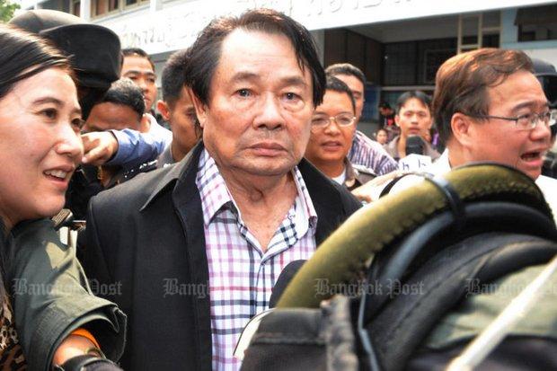 Probation dept defends house calls to Kamnan Poh