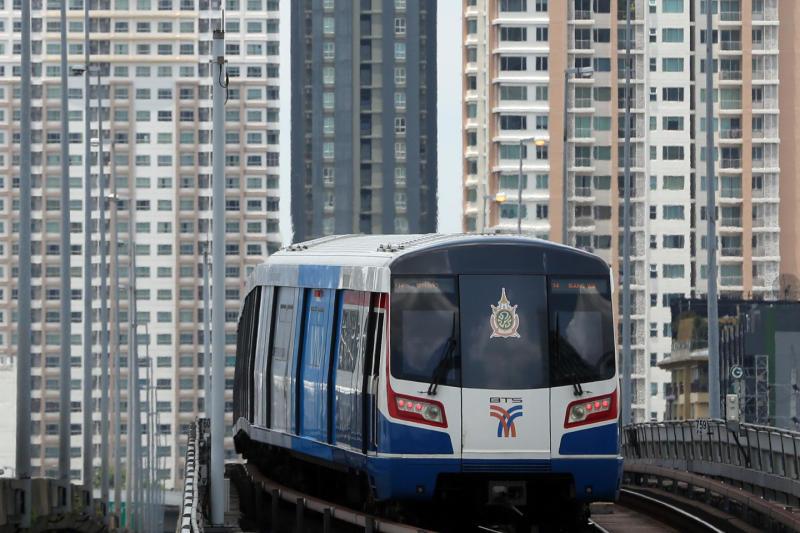Bangkok's cramped SkyTrain sees expansion tripling profits