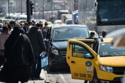 Taxi drivers, Uber square up on Istanbul's roads | Bangkok Post: news