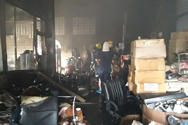 Fire hits office of recyclables-sorting plant | Bangkok Post: news