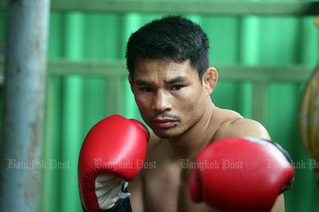 Thai 'dwarf giant' Wanheng equals Mayweather's 50-0 record