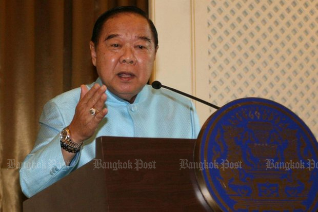 Prawit tells protesters to retreat