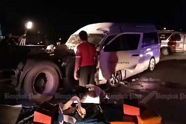 13 injured in dramatic van crash