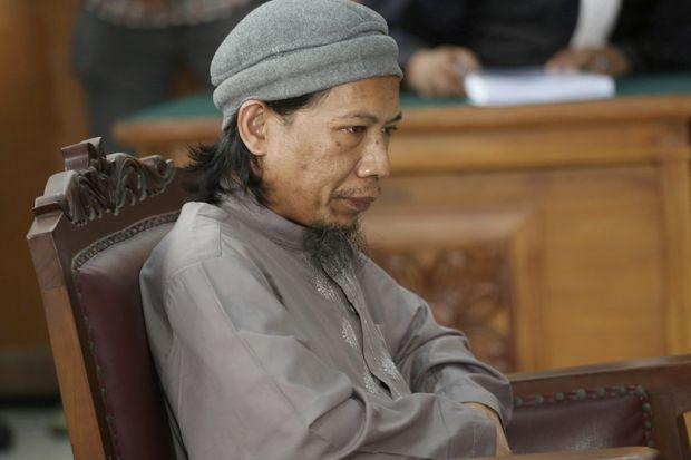 Indonesia seeks death for cleric accused of ordering attacks | Bangkok Post: news