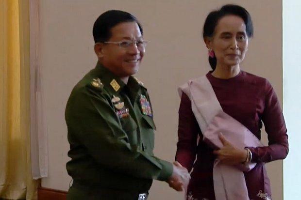Pressure mounts on Suu Kyi over Rakhine