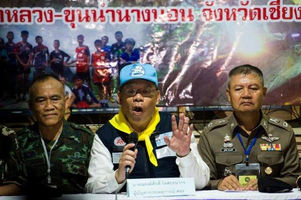Search and rescue coordinator Narongsak Osotthanakorn (centre) announces that all 12 boys and their coach have been safely brought out from the cave. At a press conference at the Pong Pha tambon administration organisation near the cave in Mae Sai district, he began by expressing gratitude for great support from His Majesty the King and the royal family. (AFP photo)