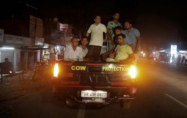 'Cow vigilantes' beat Muslim to death